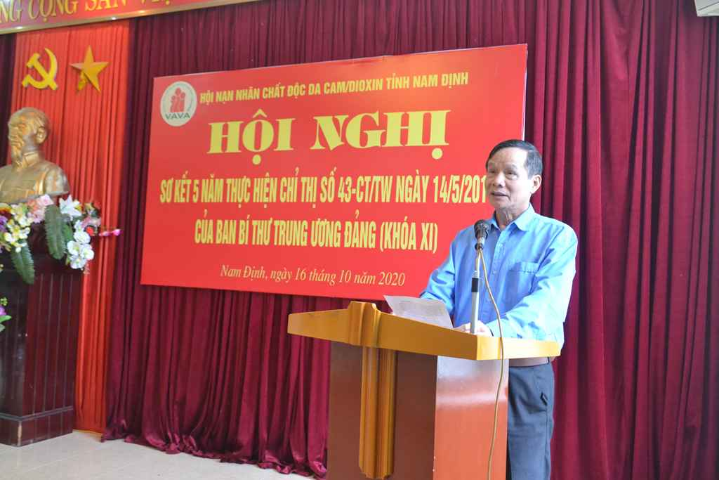 Ông Phạm Ngọc Kiểm – Chủ tịch Tỉnh Hội khai mạc hội nghị